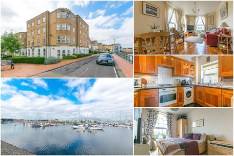 1 bedroom flat for sale - John Batchelor Way, Penarth