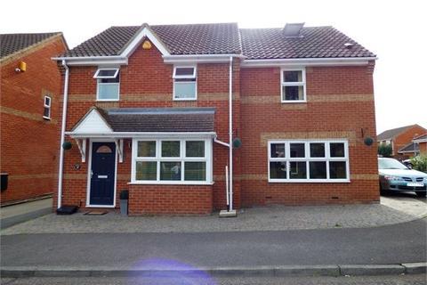 3 bedroom detached house for sale - Northampton Grove, Langdon Hills, Langdon Hills, SS16 6ED