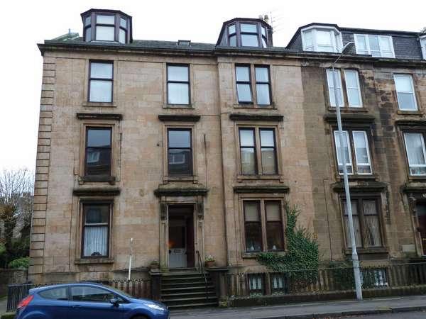 4 Bedrooms Flat for sale in 2/2, 49 Brougham Street, Greenock, PA16 8AJ