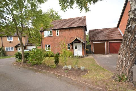 3 bedroom detached house for sale - Gatcombe Close, Calcot, Reading, Berkshire, RG31
