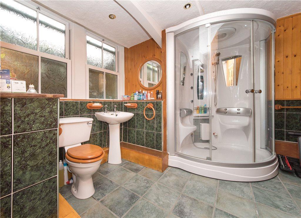 Shower Room/Sauna