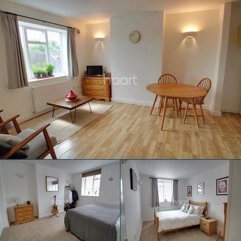 2 bedroom flat for sale - Shenley Road, Borehamwood