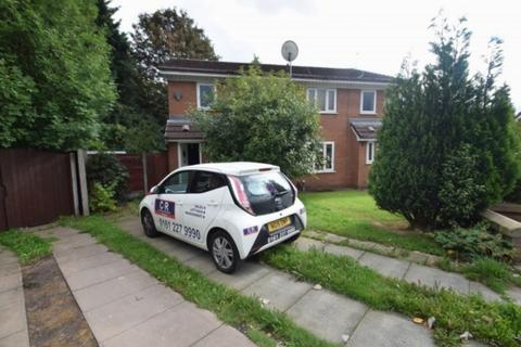 3 bedroom semi-detached house to rent - Tysoe Gardens, Salford, M3 6BL