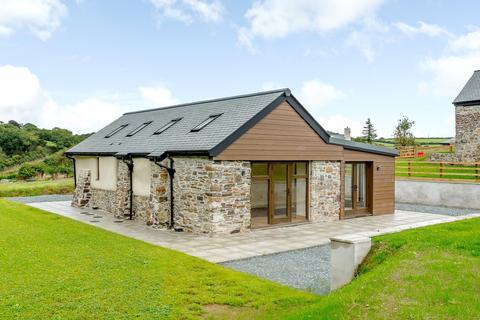 2 bedroom barn conversion for sale - Warracott Farm Barns, Chillaton, Lifton, Devon