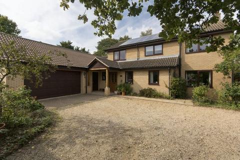 5 bedroom detached house for sale - Cedar Road, Stamford