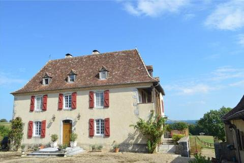 6 bedroom country house  - Equestrian Estate, Orthez, Pyrenees Atlantiques