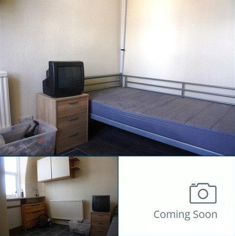 Studio to rent - Grand Parade, , Green Lanes , Haringey, London N4