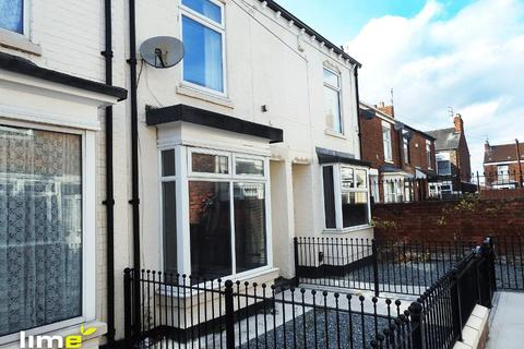 2 bedroom terraced house to rent - Clive Vale, Estcourt Street, Hull, HU9 2SL