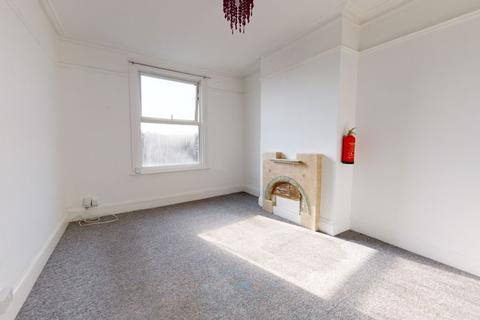 3 bedroom apartment to rent - Morland Road, Croydon