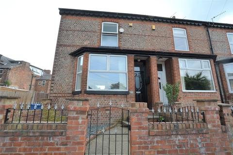 3 bedroom terraced house to rent - Hereford Grove, Urmston, Manchester, Greater Manchester, M41