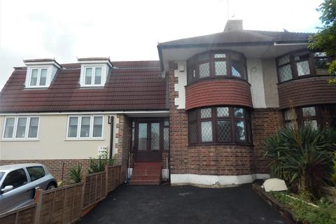 3 bedroom semi-detached house to rent - Lesney Park, Erith