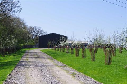 Farm land for sale - Cirencester Road, South Cerney, Cirencester, Gloucestershire