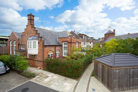 2 bedroom semi-detached house for sale - Bootham Green, Newborough Street, York
