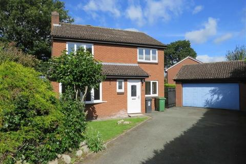 4 bedroom detached house to rent - Larch Close, Ellesmere, SY12
