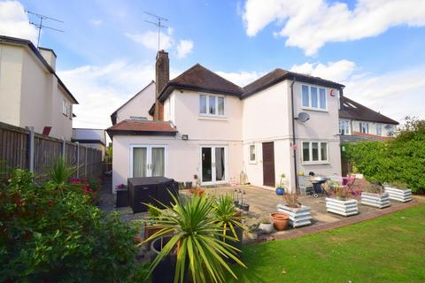 5 bedroom detached house for sale - Beehive Lane, Chelmsford, CM2 9SH