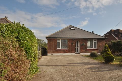 3 bedroom detached bungalow to rent - Station Road, New Romney