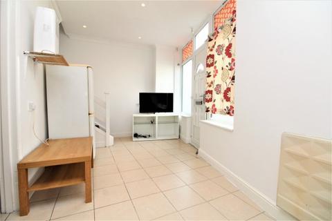 Studio to rent - Southey Street,  Penge, SE20