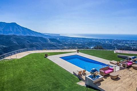 7 bedroom villa  - La Zagaleta, Benahavis, Malaga