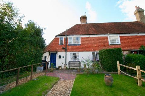 2 bedroom semi-detached house for sale - Caldbec Hill, Battle, East Sussex, TN33