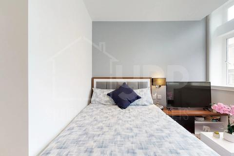 Studio to rent - Gravity Residence, 19 Water Street, Liverpool, L2