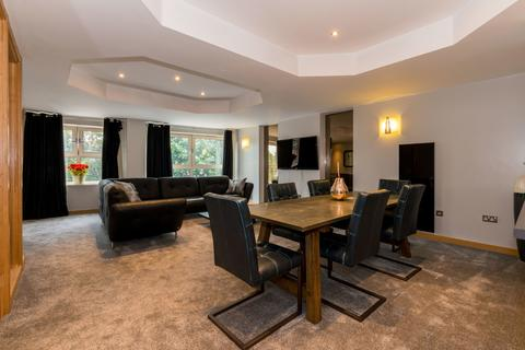 3 bedroom apartment to rent - The Bridge Apartments, Leeds City Centre