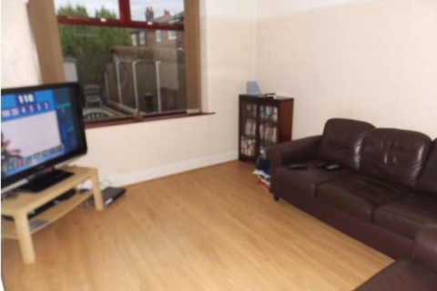 3 bedroom house to rent - Rye Bank Road, Stretford, Manchester M16