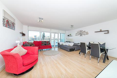 2 bedroom apartment to rent - Western Beach Apartments, Royal Victoria Dock, E16