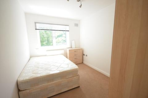 1 bedroom in a flat share to rent - Campbell Road, London E3