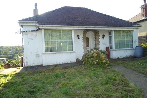 3 bedroom detached bungalow for sale - Kings Road, Bradford, West Yorkshire, BD2
