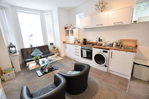 1 bedroom flat to rent - Annabel Court, 48 Southcote Road, Bournemouth