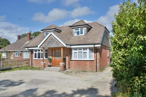 5 bedroom detached bungalow for sale - Dorchester Road, Upton, BH16 5NX