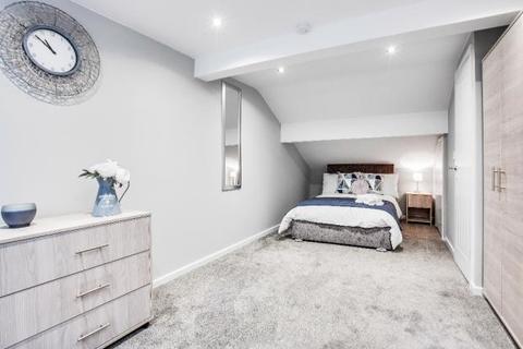 House share to rent - Carnarvon Street, Hollinwood OL8