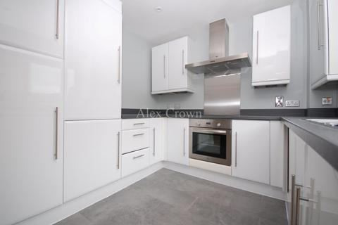 2 bedroom flat to rent - Bartholomew Close, Barbican