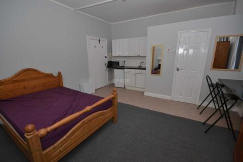 Studio to rent - Southampton Street, Reading, RG1 2QR
