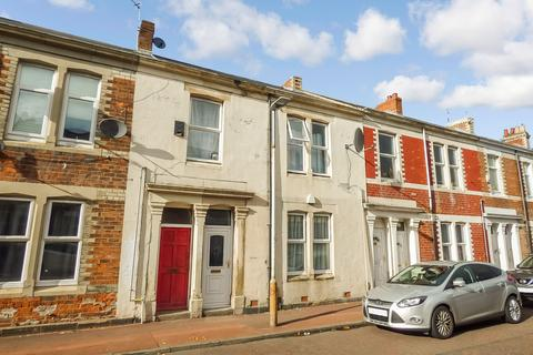 2 bedroom ground floor flat to rent - Ripon Street, Bensham, Newcastle upon Tyne, Tyne and Wear, NE2 1AE