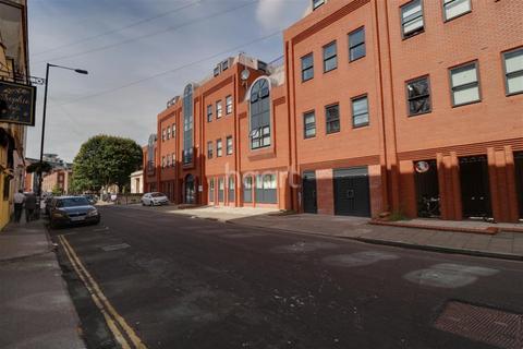 2 bedroom flat to rent - Surrey Street