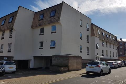 3 bedroom apartment to rent - SOUTHSEA   CECIL PLACE   UNFURNISHED