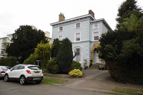 1 bedroom flat to rent - East Approach Drive, Pittville
