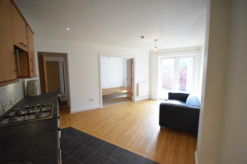 2 bedroom ground floor flat to rent - Alfred Street, Roath