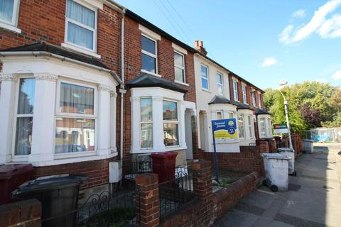 2 bedroom terraced house to rent - Newport Road, Reading