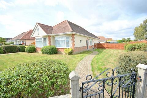 3 bedroom detached bungalow for sale - Leydene Avenue, Queens Park, Bournemouth