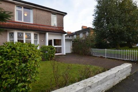 3 bedroom semi-detached house to rent - Kingshill Drive, Kings Park, GLASGOW, Lanarkshire, G44