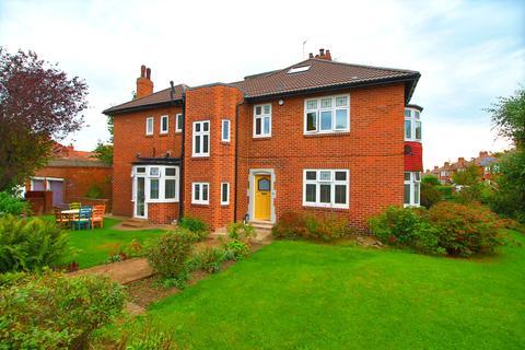 5 bedroom semi-detached house for sale - Fenham