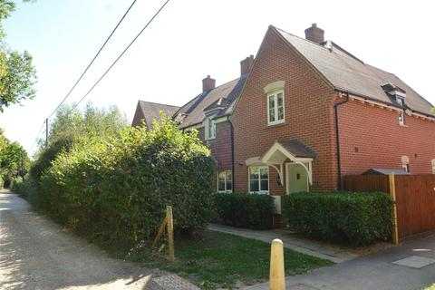 2 bedroom end of terrace house for sale - Mill Lane, Padworth, Reading, Berkshire, RG7