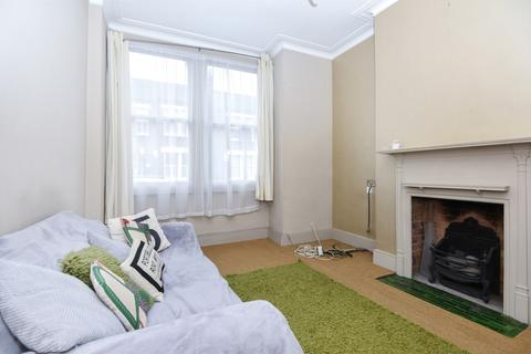 2 bedroom flat to rent - Glasford Street Tooting SW17