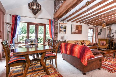 3 bedroom cottage for sale - The Street, Ulcombe Guide Price £475,000 - £495,000