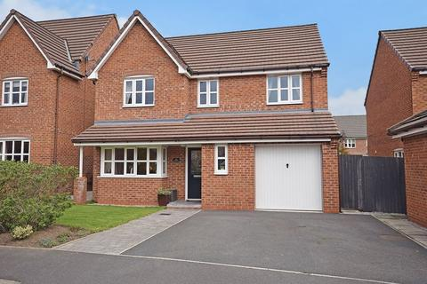 4 bedroom detached house for sale - Portrush Close, Widnes