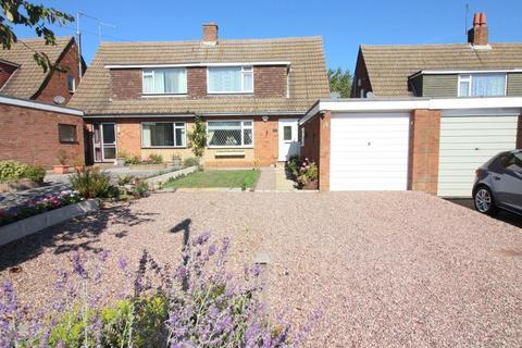3 bedroom semi-detached house for sale - Stanley Road, Streatley, Bedfordshire, LU3 3PW