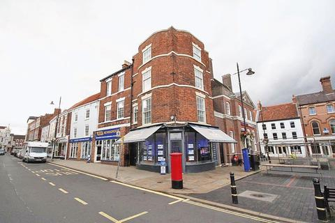 2 bedroom apartment for sale - MARKET PLACE, LOUTH