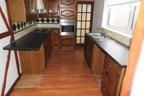 3 bedroom house to rent - Llangyfelach Road, Treboeth, Swansea